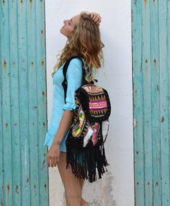 Mochila etnica con flecos negra Ibiza Trendy
