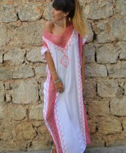Kaftan Ibiza blanco largo y rosa dlain