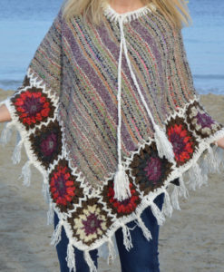 poncho-boho-chic-ibiza-trendy-cozy-winter-8
