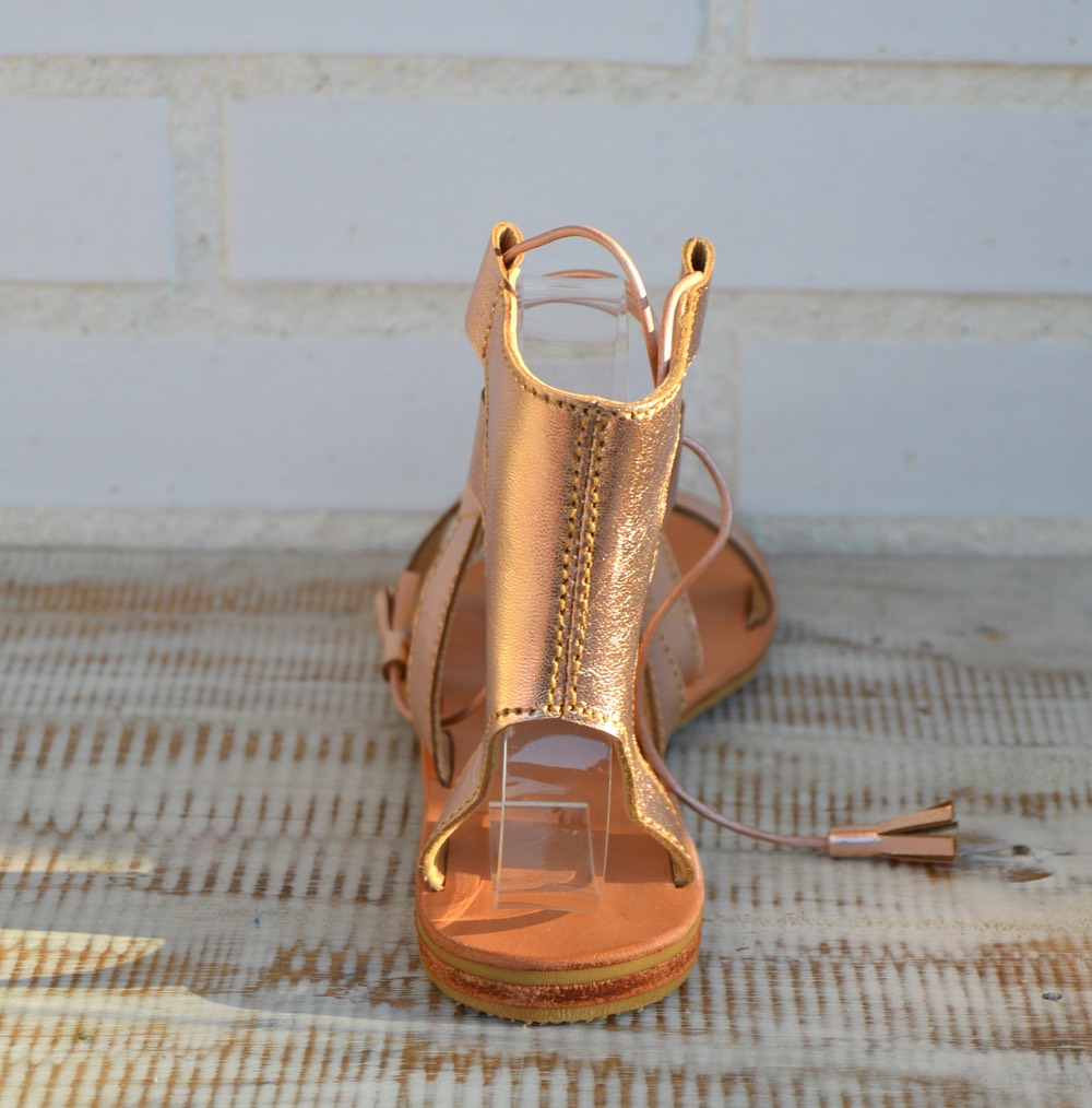 be12c8a3c4a sandalias gladiadoras color champagne ibiza trendy