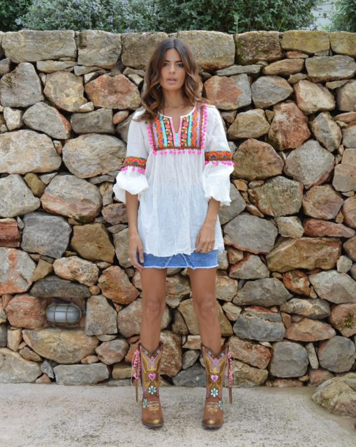 fioroni pom pom fucshia blouse ibiza trendy