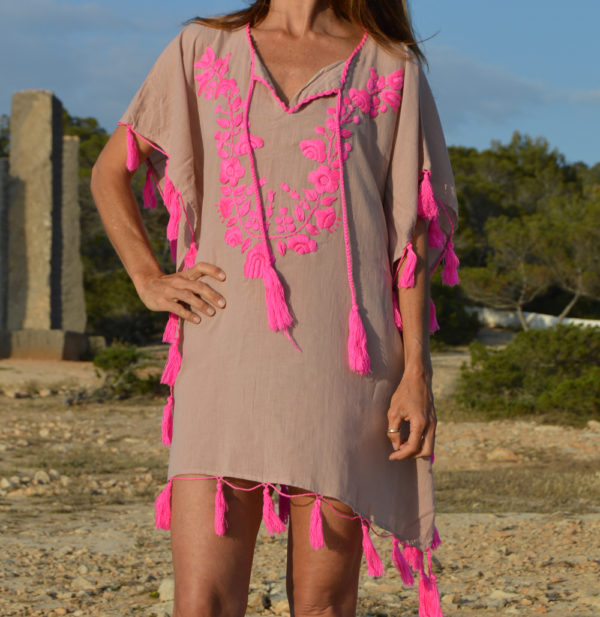 tassel poncho in pink 2