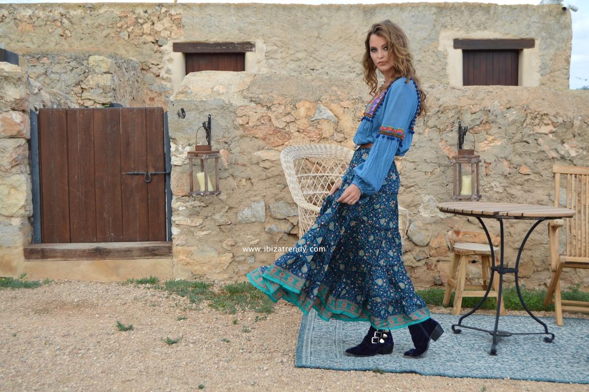 8a0c62c3d1 Fioroni Fall blouse in blue – Ibiza Trendy   Tienda online   Online ...