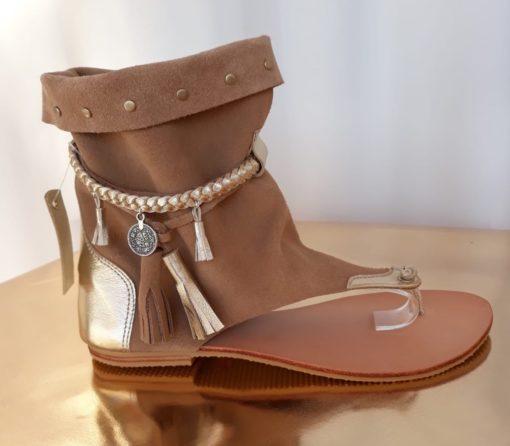 sandalia bota boho chic beige quadrada