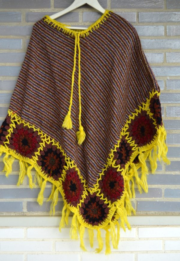 poncho flecos lana amarillo boho 191