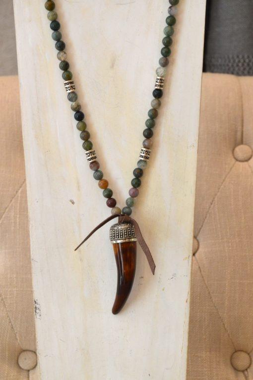 collar cuerno piedras verdes 2