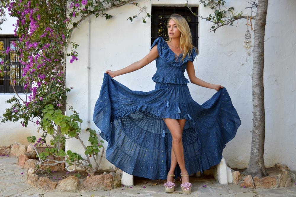 c3bc68cb6e look de invitada boda boho chic ibiza fioroni collection asymmetrical skirt